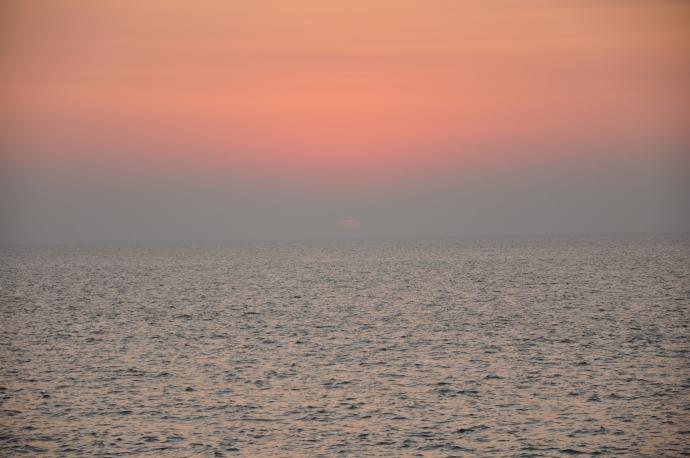 Drowning sun - off Marine Drive